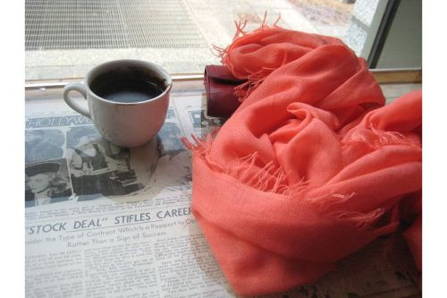 thinking cup coffee shop hot chocolate scarf