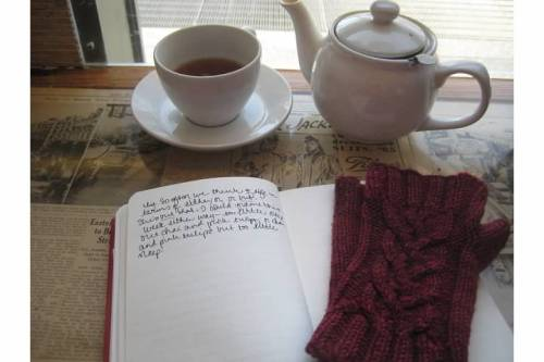 tea cafe journal gloves