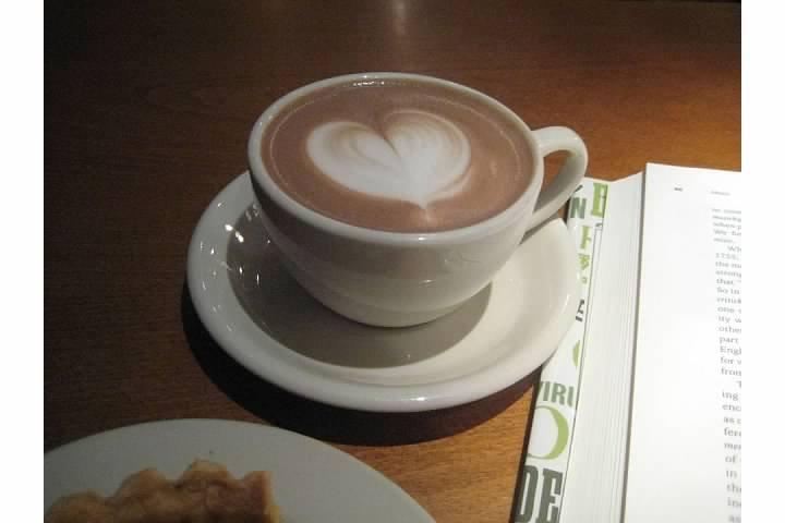 crema cafe cambridge ma hot chocolate