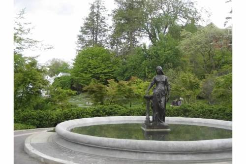 smith college fountain botanical garden