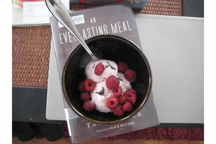 ben & jerrys greek yogurt raspberry