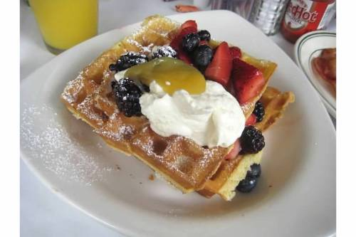 cafe luna cambridge waffles brunch