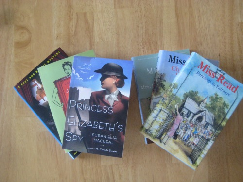 books miss read fairacre chet bernie maggie hope