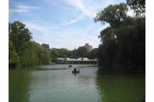 central park lake manhattan new york