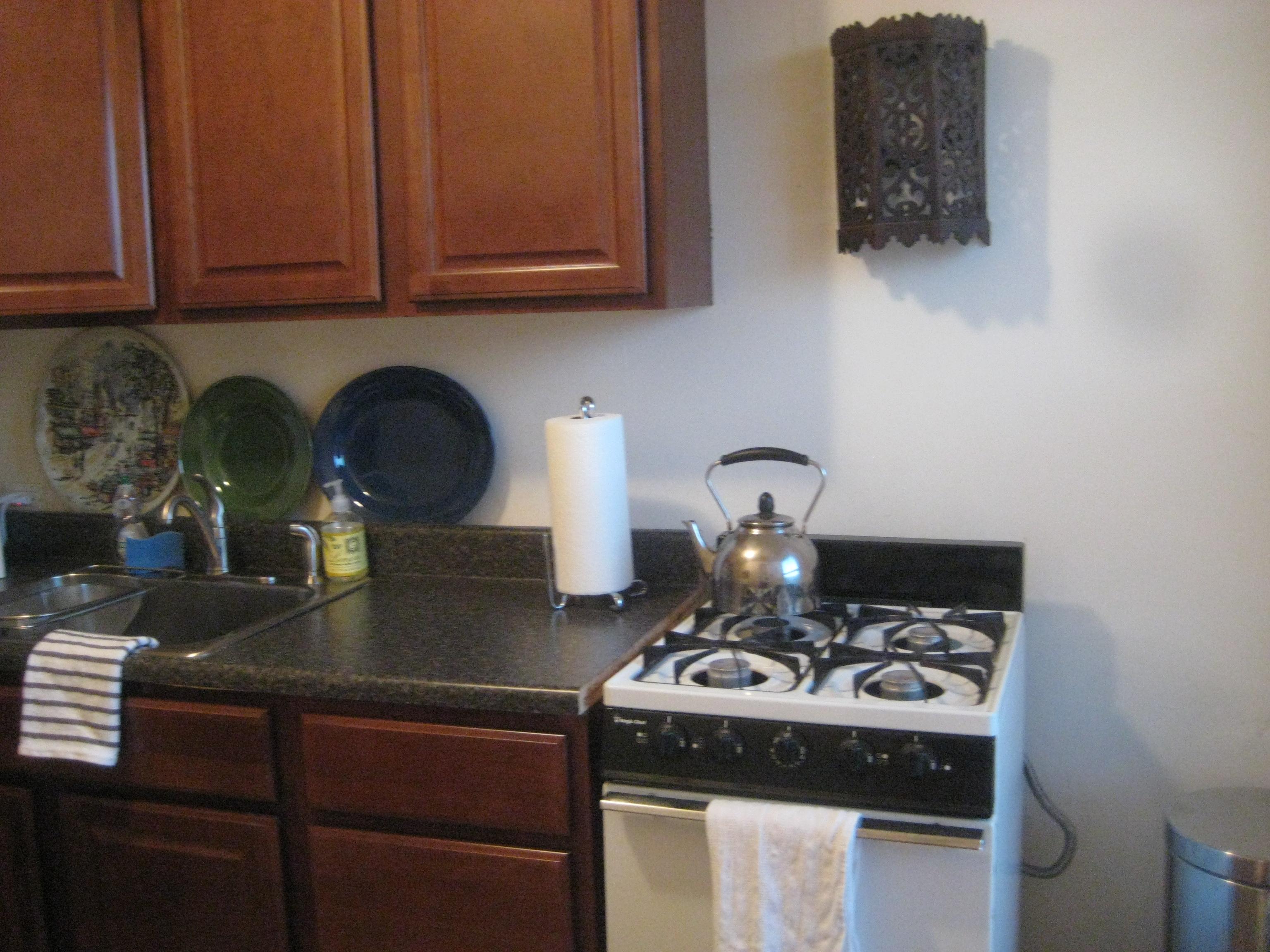teakettle stove kitchen