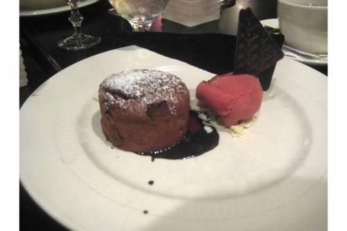 finale molten chocolate cake
