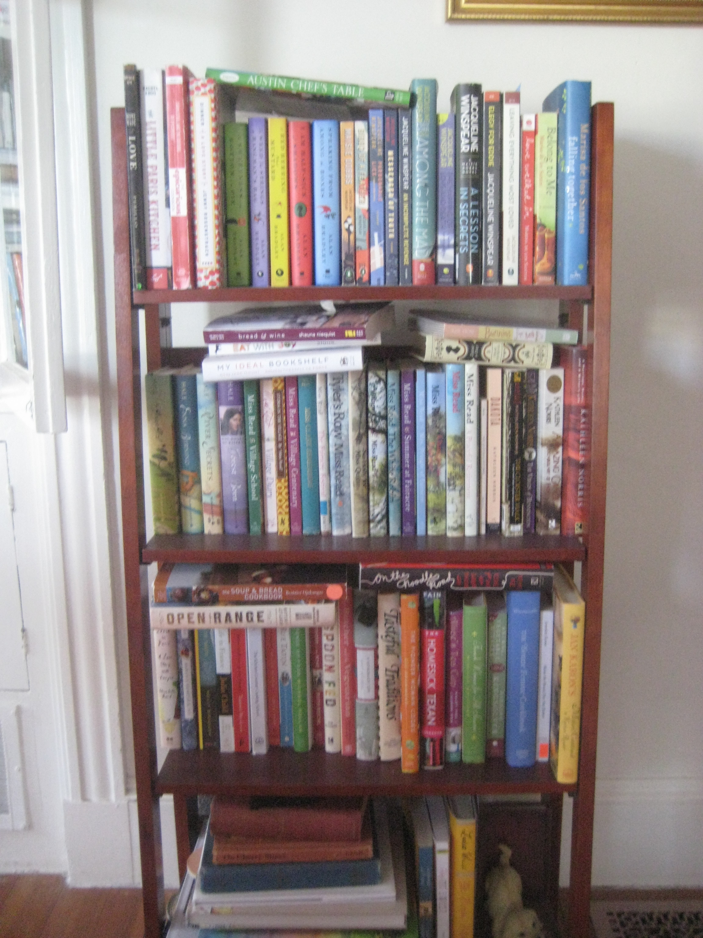 Zelda harris for Dining room bookcase ideas