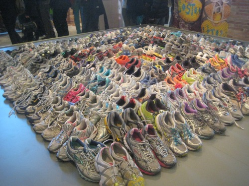 running shoes boston marathon memorial