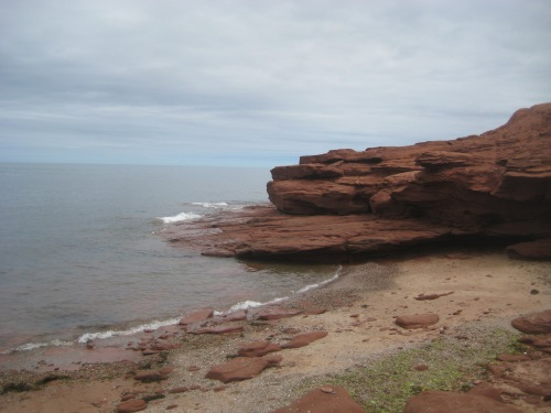 pei rock shore cavendish beach