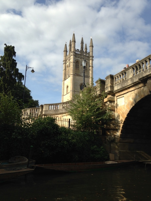 magdalen bridge oxford england
