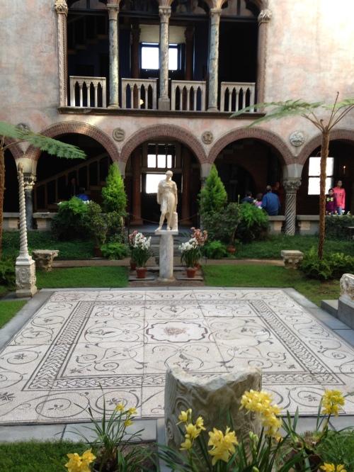 isabella stewart gardner museum courtyard statue boston