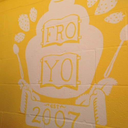 fro yo yellow sign berryline