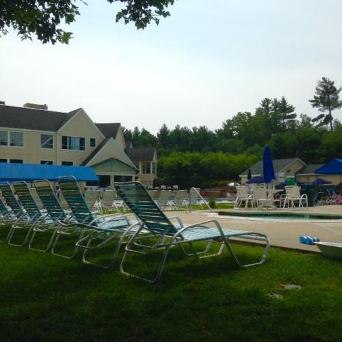 pool view lounge chairs