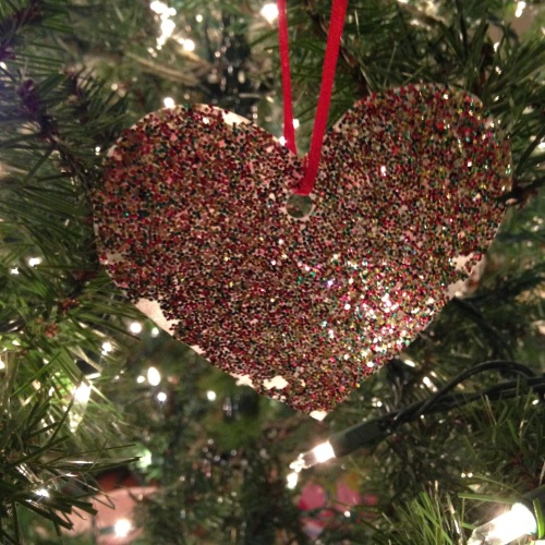 charlie brown heart ornament christmas