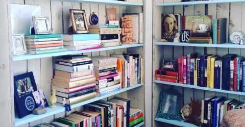 julies-bookshelves-cropped