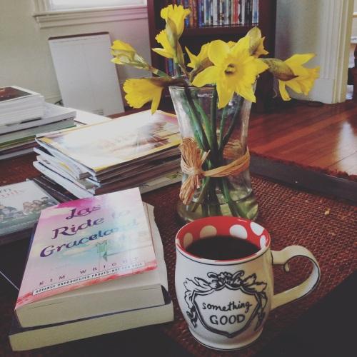 daffodils graceland book mug