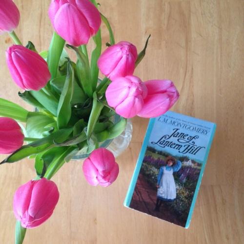 jane of lantern hill book tulips