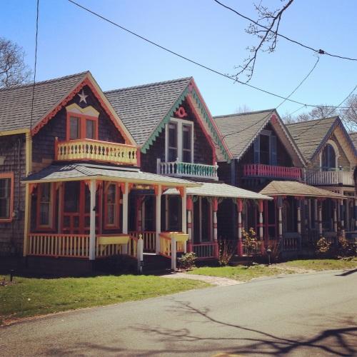 gingerbread cottages martha's vineyard