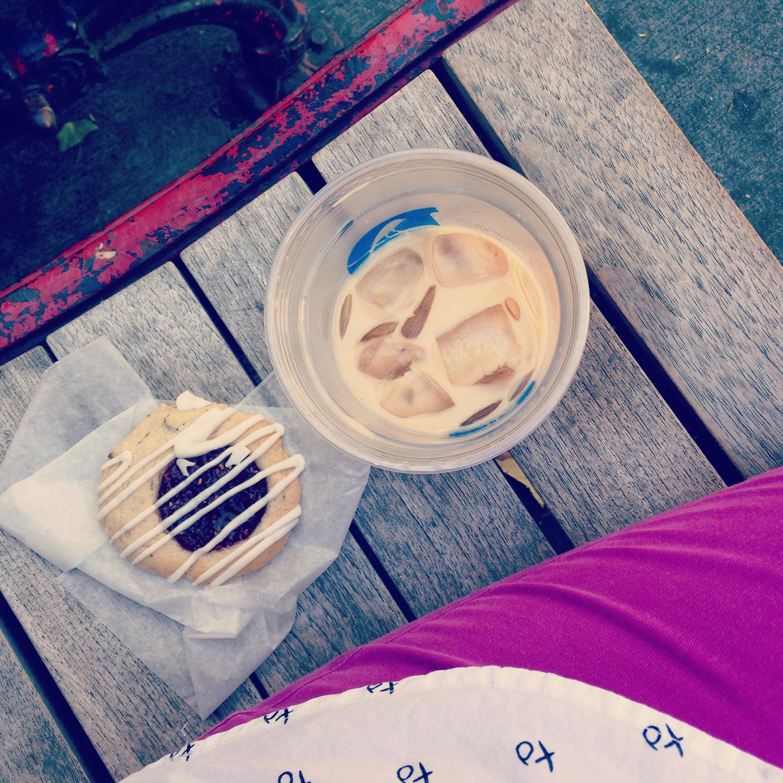 darwins chai cookie bench