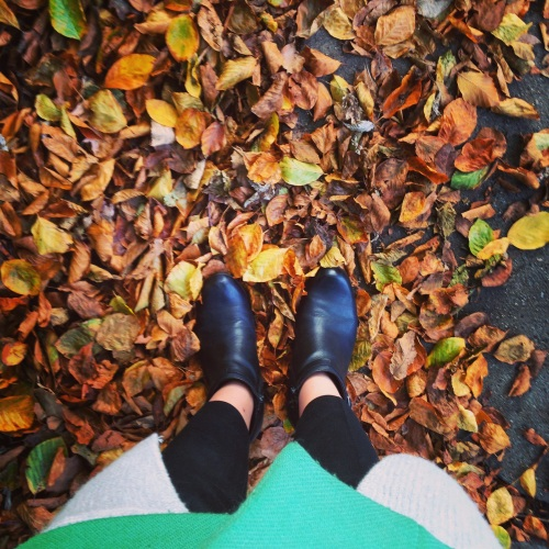 ankle boots leaves