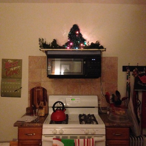 kitchen stove kettle tree