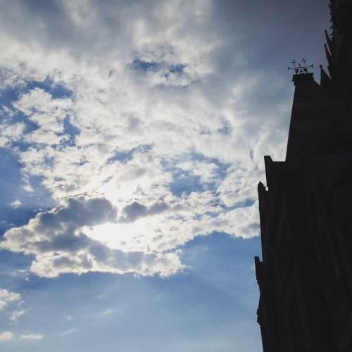 blue-sky-memorial-hall