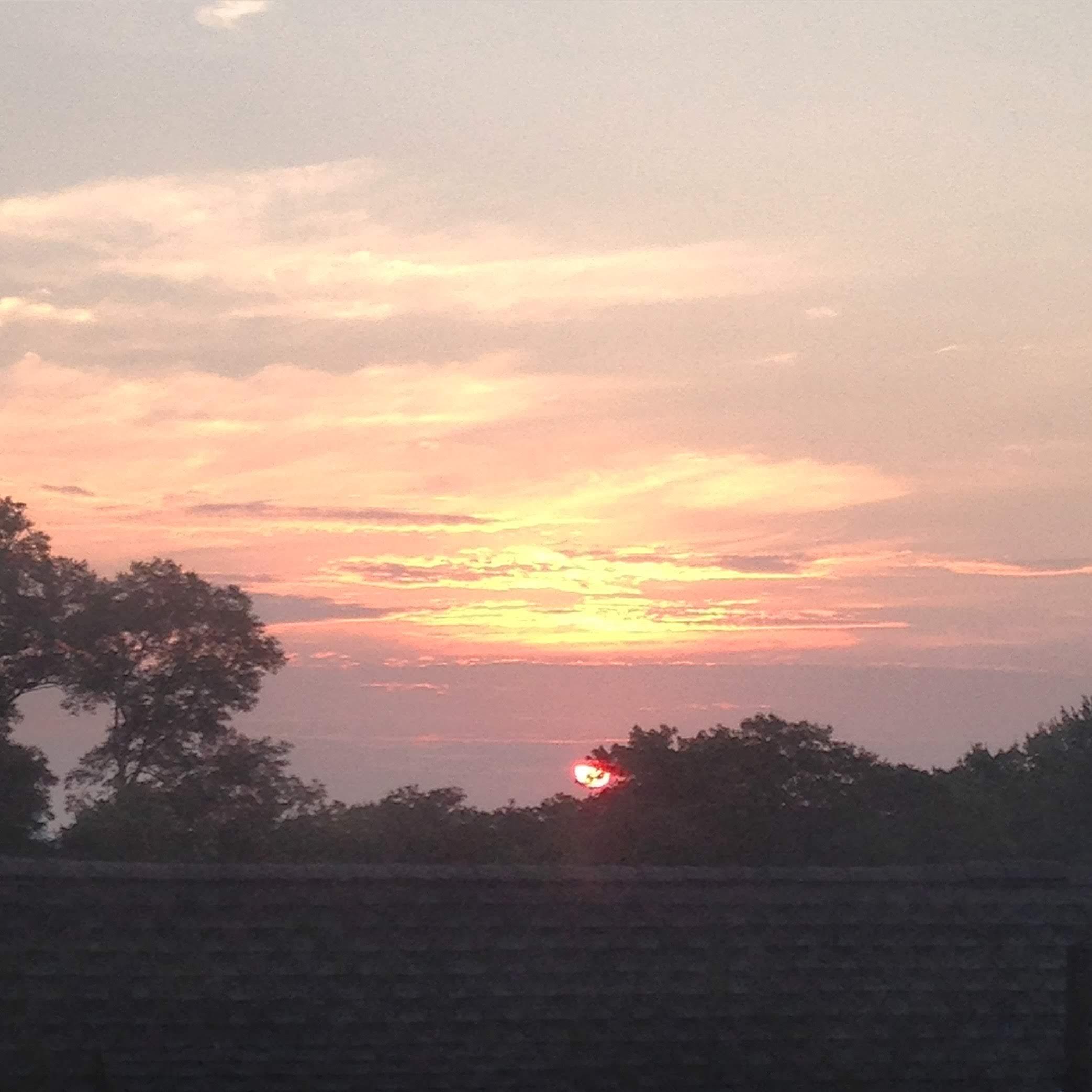 sunrise window august