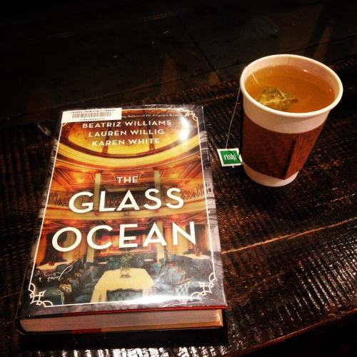 glass ocean book tea cafe