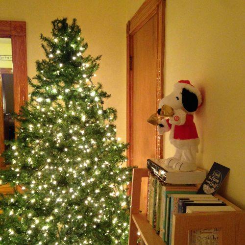 snoopy tree lights Christmas
