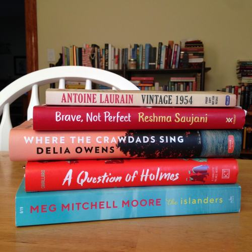 book stack red march 2019