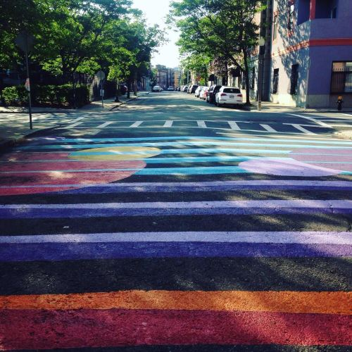 colored-lines-street-art